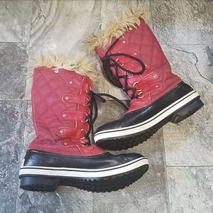 Sorel Joan of Arctic Woman's Red Boots size 9